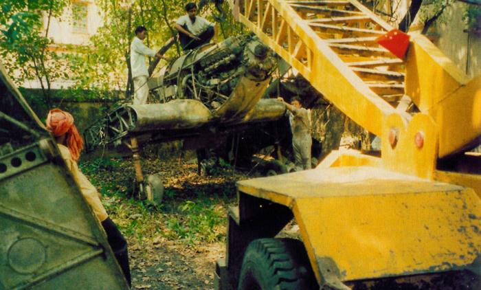Hurricane R4118 is removed from Banara Hindu University at Varanasi, India in June 2001.